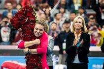 """DEZBATERE WTA   Cine câştigă în premieră un turneu de Mare Şlem în 2018? Evert merge pe mâna Simonei Halep: """"Asta va pune totul în mişcare. Este pariul meu"""". Replica Martinei Navratilova"""