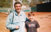 """Imaginea articolului """"Tati, ştii cu cine m-am întâlnit la teren?"""". Povestea acestei poze ISTORICE pentru România"""