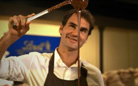 Pentru Federer, totul e lapte şi... ciocolată. Elveţianul a semnat un super-contract de 20 de milioane de dolari cu o renumită marcă de ciocolată