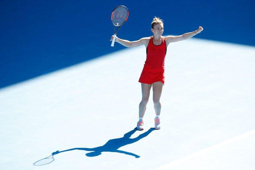 """Finala """"liderilor contestaţi""""! Învingătoarea la Australian Open în 2018, Simona Halep sau Caroline Wozniacki, va închide definitiv gura celor care au susţinut această idee: """"lider fără să fi câştigat un titlu de Grand Slam"""""""