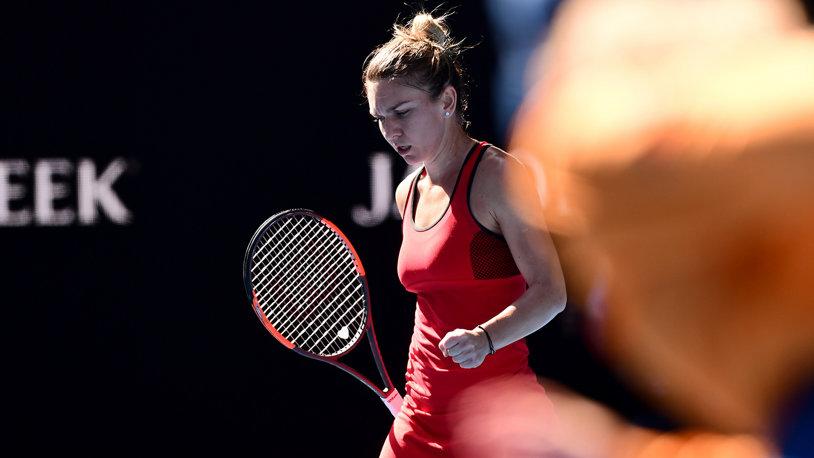 """""""Generaţia de Aur nu se poate compara cu ea! Simona a fost şi va mai fi numărul 1 în lume, noi n-am ajuns atât de sus"""". Halep, încurajată de un fost internaţional după finala pierdută la Australian Open"""