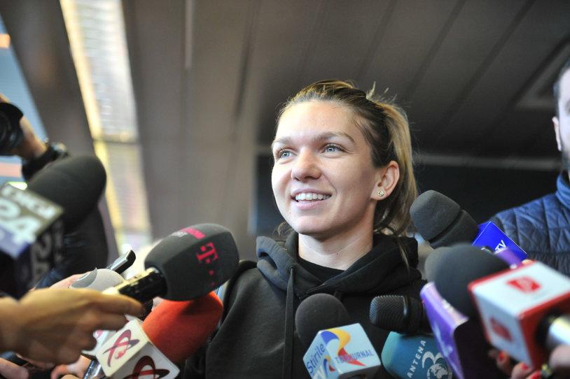 Telenovela a luat sfârşit! FOTO | Simona Halep s-a antrenat pentru prima oară în echipamentul noului sponsor