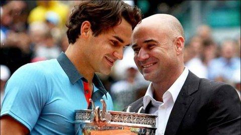 """""""36 de ani şi 195 de zile..."""" Reacţia lui Andre Agassi după ce Roger Federer i-a doborât recordul, devenind cel mai în vârstă lider ATP din istorie"""