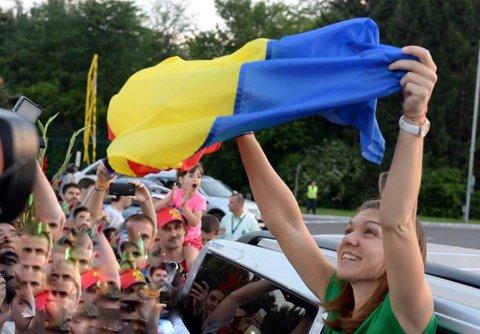 """România, la înălţimea Simonei. Clujul promite un spectacol de zile mari, sâmbătă, în Fed Cup: coregrafie """"în premieră la un meci de tenis"""" pentru Halep, Cîrstea, Begu şi Buzărnescu, venită să confirme statutul de naţiune fruntaşă, care dă #1 WTA"""