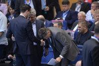 Imaginea articolului A pierdut cele mai importante alegeri din ultimii ani şi a dispărut din peisaj! FOTO   Unde a fost surprins unul dintre cei mai importanţi oameni din România în urmă cu scurt timp