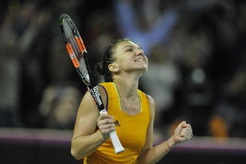 """Prima reacţie a Simonei Halep după ce a adus primul punct României la Fed Cup, contra Elveţiei: """"A fost de trei ori mai greu!"""""""