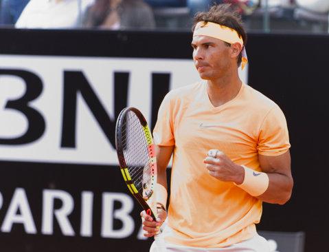 Nadal continuă lupta pentru trofeul de la Foro Italico: Şapovalov i-a rezistat cinci game-uri. GALERIE FOTO | Corespondenţă din Roma