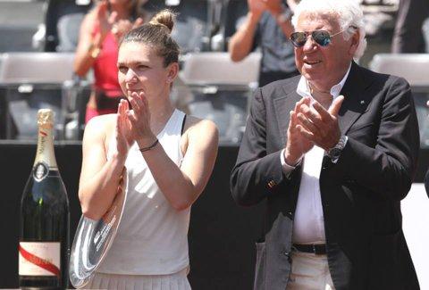 """Halep şi-a apărat cu succes la Roma locul 1 mondial, dar presiunea devine şi mai mare în următoarele trei săptămâni. Cu câte puncte trebuie să o """"bată"""" Simona pe Wozniacki la Roland Garros. Atenţie şi la Muguruza!"""