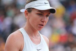 Simona Halep s-a retras de la turneul pregătitor pentru Wimbledon. Anunţul îngrijorător făcut de liderul mondial