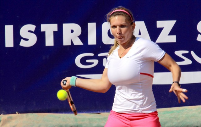 Big boob tennis player