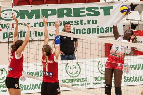 Dinamo Romprest câştigă fără drept de apel duelul Capitalei la volei, 3-0 cu CSM Bucureşti