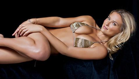 Despărţire şoc! Lindsey Vonn, una dintre cele mai sexy sportive din lume l-a părăsit pe Tiger Woods. Cei doi s-au despărţit după o relaţie de trei ani