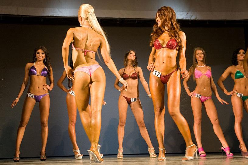 Bikini fitness, o nouă disciplină sportivă derivată din bodybuilding