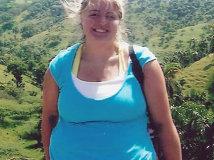 FOTO INCREDIBIL | Această tânără tocmai a câştigat un concurs de MISS! Cum arată acum, după ce a slăbit 65 de kilograme!