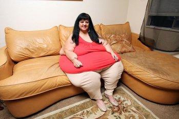 """Arată aşa după ce a SLĂBIT 120 de kilograme! FOTO INCREDIBIL Cum arăta la apogeu femeia care visa să fie """"cea mai grasă din lume"""""""