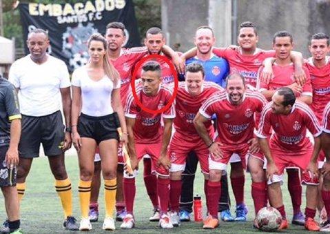 Prinşi în ofsaid înainte să înceapă meciul! FOTO   Tuşierul care a reuşit să înnebunească ambele echipe la un meci din Brazilia