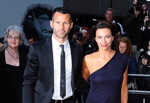 S-a pronunţat divorţul! Ryan Giggs s-a despărţit oficial de soţia sa, Stacey, după 10 ani. Scandalul imens de infidelitate care a declanşat totul
