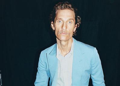 FOTO! Matthew McConaughey s-a îngrăşat cu 10 kg în trei săptămâni! Revine la vechiul look după ce slăbise enorm pentru un rol