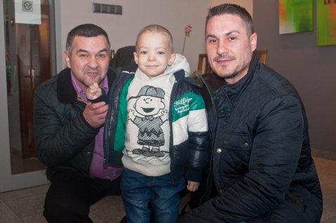 Mihai Leu, Leonard Doroftei şi Istvan Kovacs, impresionaţi de drama unor copii. Ei fac un apel umanitar pentru ajutorarea lui Ionuţ