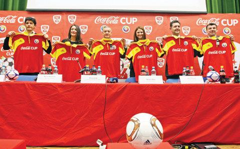 Start la fotbal cu Cola Cola!