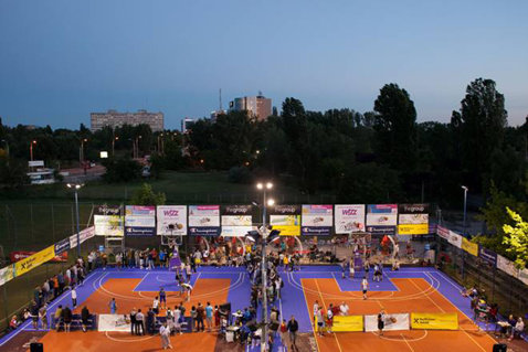 Debut furtunos la Wizz Air Sport Arena Streetball 2013