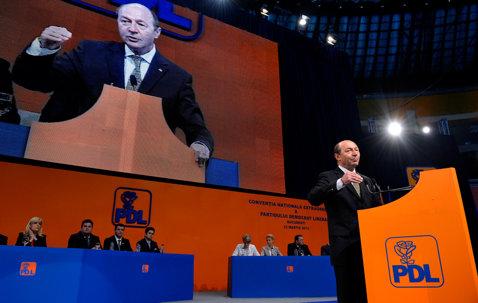 """Dragomir: """"Preşedintelui Băsescu o să i se pună creierul în formol, eu o să las ce a lăsat Terente"""""""