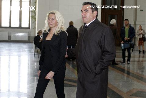 """Tribunalul Prahova a decis: Penescu, patru ani de închisoare în dosarul """"Mită pentru arbitri""""! Gheorghe Constantin, condamnat la trei ani - Prunea, achitat"""