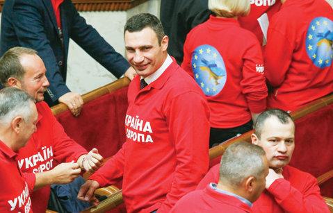 Vitali Klitschko preşedinte? Campionul mondial vrea supremaţia în statul ucrainean