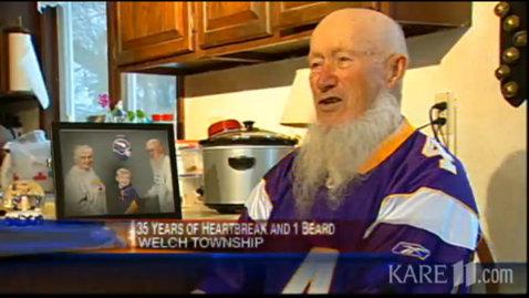 Cea mai tristă poveste din lumea sportului: a jurat că nu-şi va da jos barba până când favoriţii nu vor deveni campioni! Astăzi a murit, după 38 de ani de aşteptare