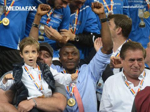 Ştucan, despre un moment Made in Romania: de ce le-a dat Burleanu medalii de câştigători ai Cupei lui Ioan Niculae şi fiului său. Reacţia FRF la sesizarea ProSport
