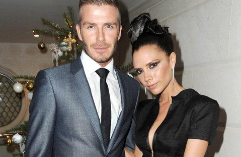 OFICIAL   Familia Beckham are o avere mai mare decât aceea a reginei Elizabeth a II-a. Câţi bani au strâns David şi Victoria