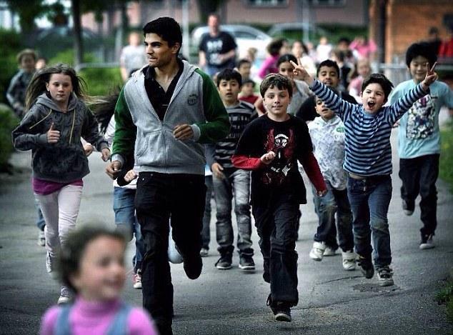 PERFORMANŢĂ | Un copil refugiat din Afganistan în Suedia e campion de viteză la 14 ani. Există suspiciuni că tânărul atlet ar avea, în realitate, între 20 şi 30 de ani