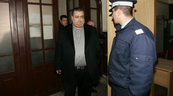A dat în judecată judecătorii. Iancu îi acuză de tratament inuman pe cei care l-au condamnat la 12 ani de închisoare. Fostul patron de la FC Timişoara afirmă că a fost sechestrat 8 ore într-un WC