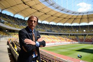 """VIDEO INTERVIU   Iordănescu l-a ignorat, Daum e încântat de el: """"Aveţi un jucător cu un talent fantastic"""". Cum îl descrie pe """"Nicolas"""" Stanciu şi cum vrea să-l transforme. Germanul îşi apără, amuzat, secretele: """"Îmi vrei jobul?"""""""
