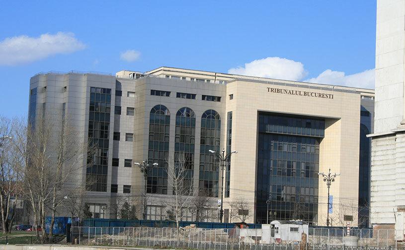 Fotbalul românesc, faza pe tribunal: instanţele decid marţi dacă numirea lui Daum la naţională e legală şi dacă Becali mai poate folosi numele Steaua