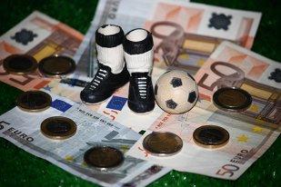 Harta prosperităţii şi fotbalul românesc. Două din cele mai sărace 10 judeţe au echipă în Liga 1. Din Top 10 cele mai bogate judeţe, trei nu există în prima ligă, iar un judeţ cu afaceri de peste 40 de miliarde de lei n-are echipă nici în Liga 2
