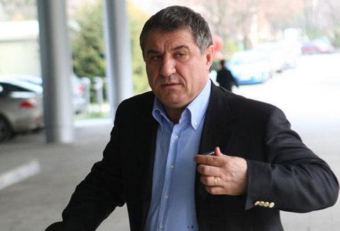 Judecătoria Medgidia a admis solicitarea lui Victor Becali de eliberare condiţionată