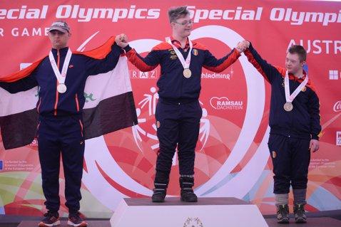 21 de medalii pentru sportivii români cu dizabilităţi intelectuale la Jocurile Mondiale de Iarnă