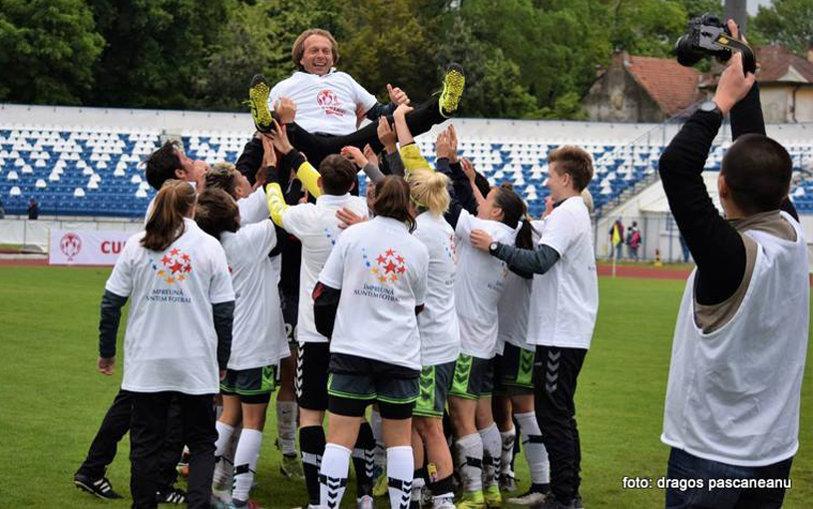 Al şaselea trofeu în cea de-a şaptea finală consecutivă jucată. Olimpia Cluj a cucerit Cupa României la fotbal feminin, după victoria clară cu Navobi Iaşi