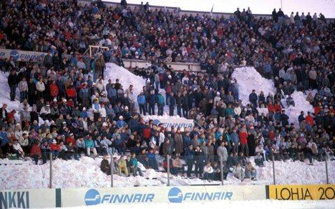 Recordul stabilit de Steaua, în 1986, la Helsinki. FOTO | Tribunele erau acoperite de zăpadă, dar finlandezii au luat cu asalt stadionul. Piţurcă a stricat sărbătoarea naţională