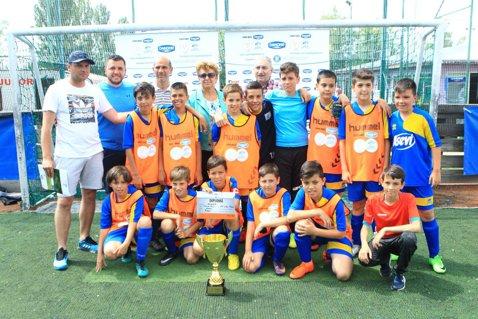 LPS Viitorul a câştigat Cupa Hagi Danone de la Piteşti. Şcolile din Bucureşti intră în arenă cu gândul la Mondialul din Spania 2019!