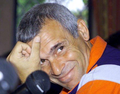 """Cuper: """"Aş antrena în România"""""""