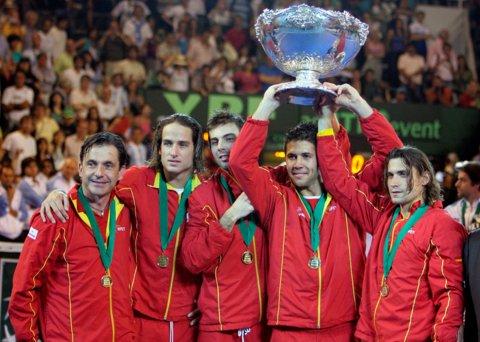 """Verdasco aduce Spaniei a treia """"Salatieră"""""""