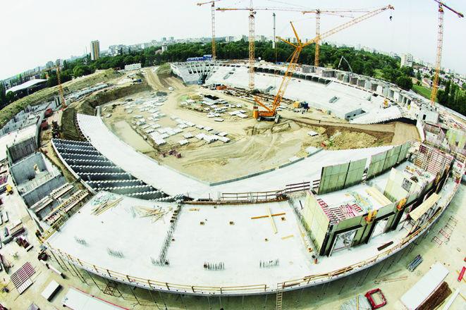 """Oprescu: """"Stadionul Naţional va fi gata în decembrie 2010!"""""""