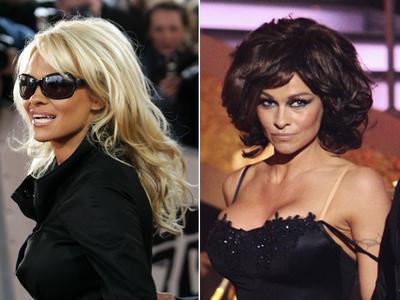 Blondă sau brunetă? Cum o preferi pe Pamela Anderson?