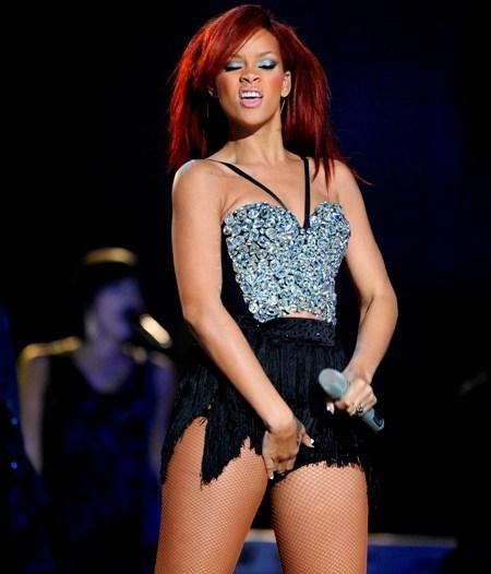 FOTO Rihanna a încins All Star Game-ul 2011