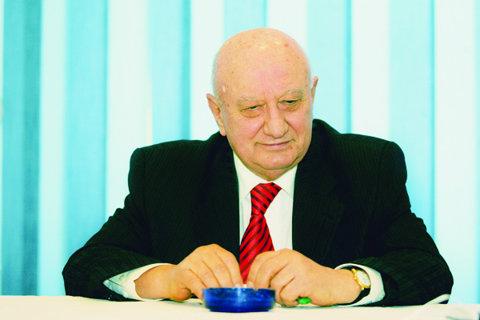 Salvatorul! Omul care a creat Craiova Maxima are un plan ambiţios:  Ştiinţa, sezonul 2
