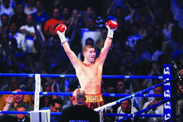 Peste 100.000 de cititori ProSport au decis: Dan Petrescu este antrenorul anului, Bute sportivul anului! VEZI toate premiile acordate sportivilor din România