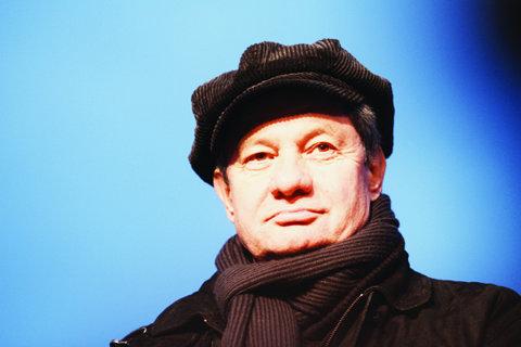 ADIO! Emil Hossu a decedat în momentul în care trebuia să urce pe scena Teatrului Nottara