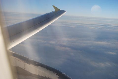 VIDEO Mai ai curaj să mergi cu avionul după ce vezi asta? Momente de groază pentru pasagerii unei aeronave